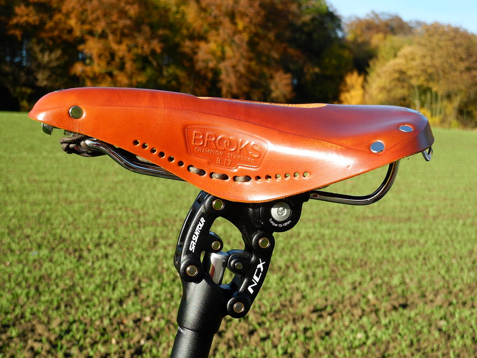 leather brooks bike saddle
