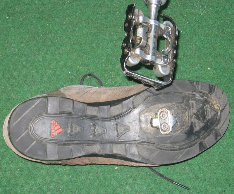 SPD shoe and pedal