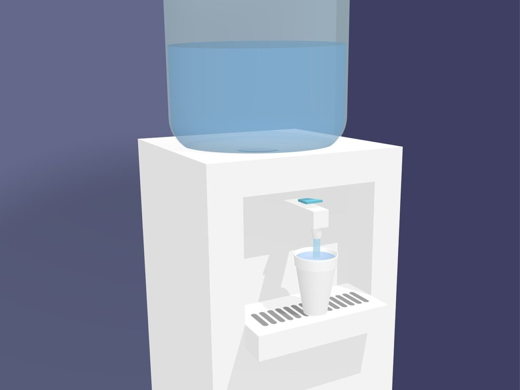 water dispenser with 20 liter bottle