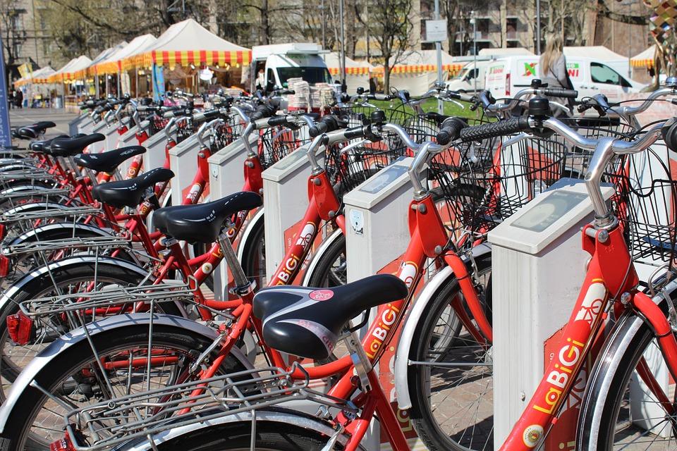 Bike sharing bikes