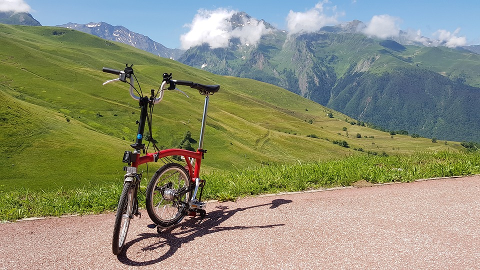 bike with aluminum handlebars