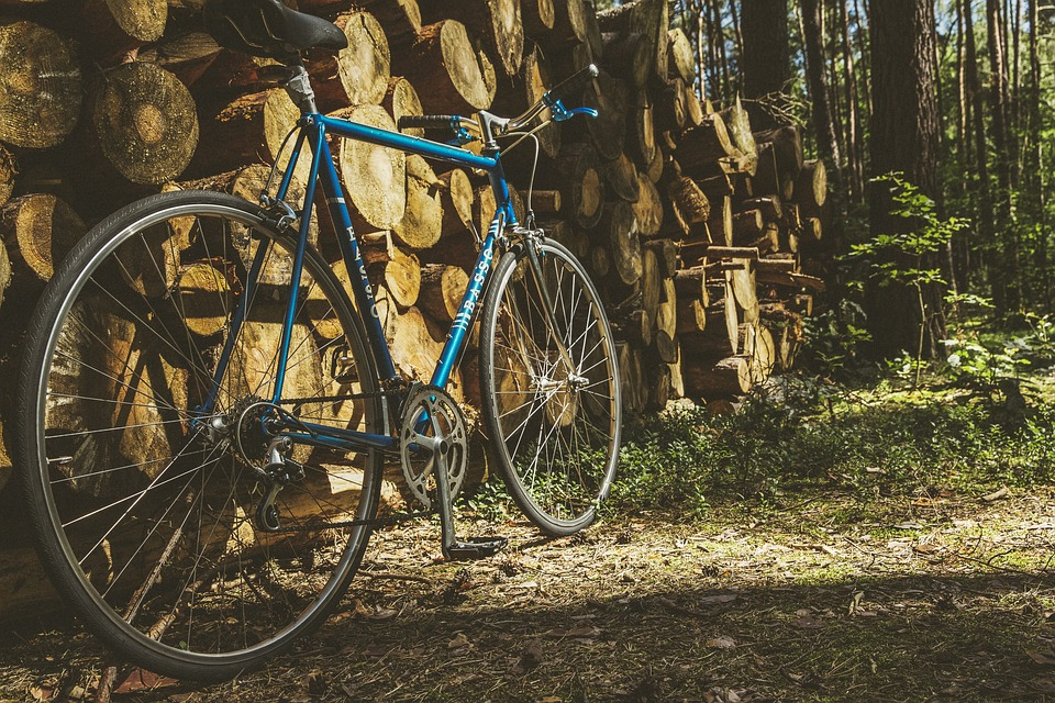 Road bike with a steel frame