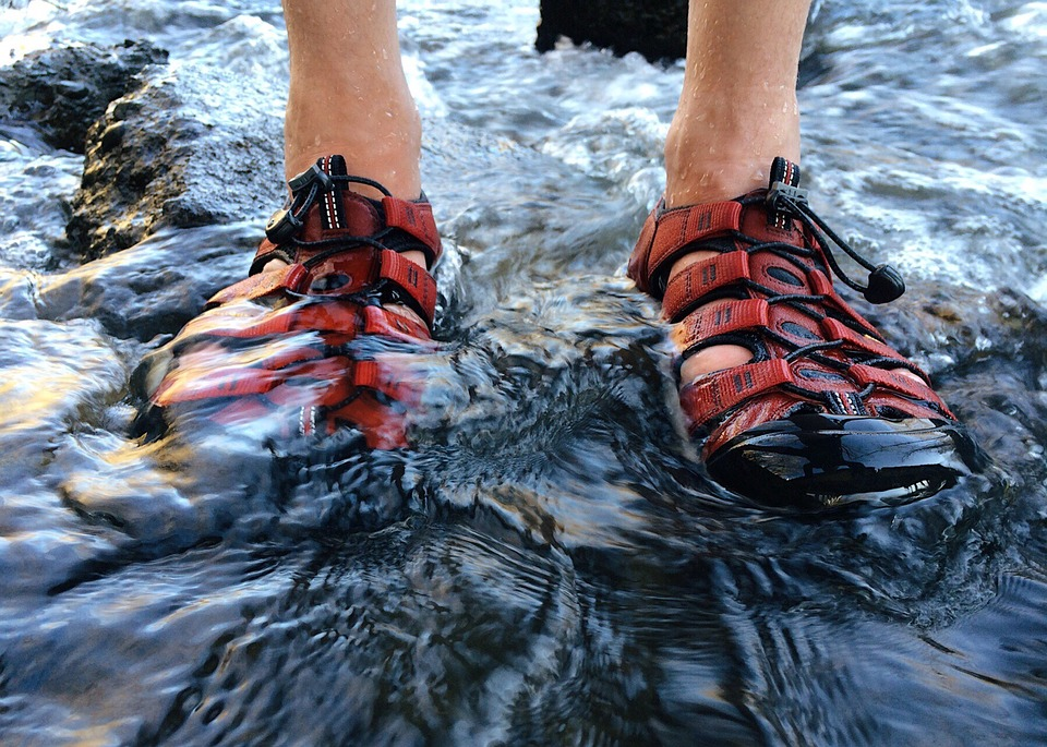 Hiking Sandals Pros and Cons - Where