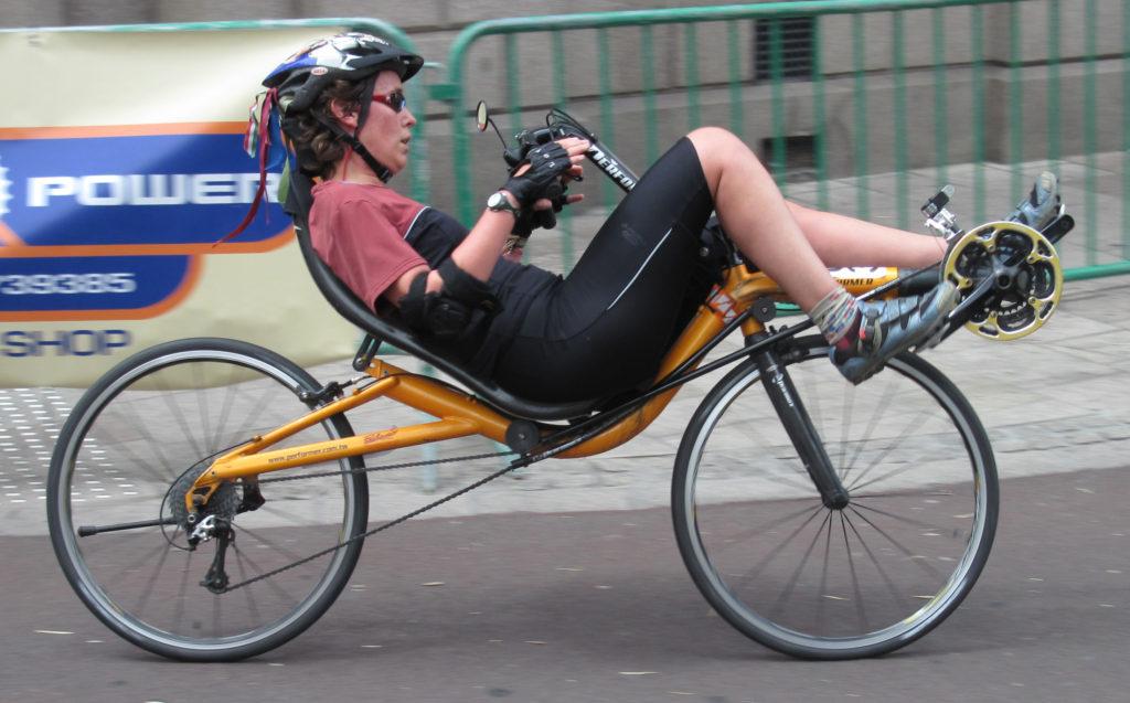 short wheelbase recumbent bike with direct steering