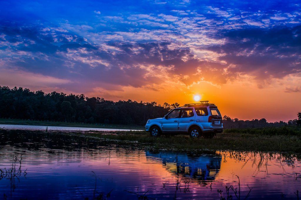 car camping near a lake