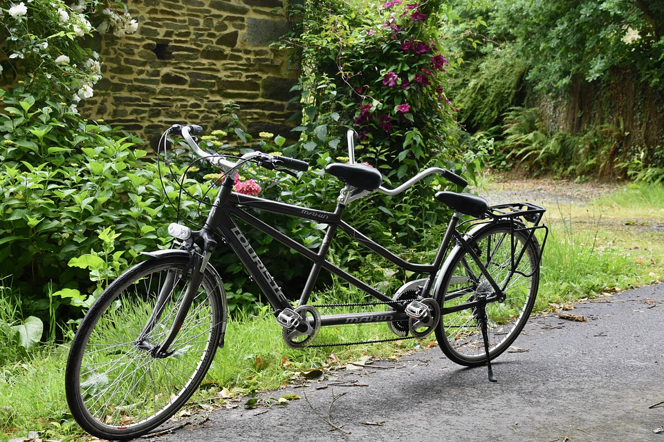 A black tandem bicycle